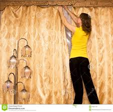 hanging curtains excellent ideas about hang curtains on pinterest