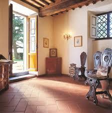 wohnideen dunklem grund wohnideen terrakottafliesen villaweb info