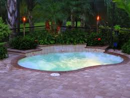 Small Pool Designs For Small Yards by Backyard Pool Designs For Small Yards Best 25 Small Inground Pool