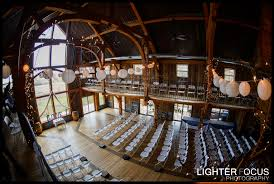 Wedding Barns In Missouri Lake Of The Ozarks Wedding Venue Weathered Wisdom Barn Curt