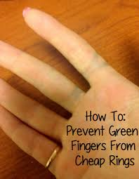 simple tip for how to avoid green ring fingers when wearing