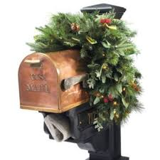 Christmas Mailbox Decoration Ideas 31 Best Mailbox Swags Images On Pinterest Christmas Ideas