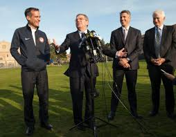 l a 2024 organizers impress ioc president thomas bach during his