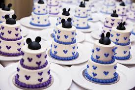 disney themed wedding cakes we u0027re obsessed with oh my disney