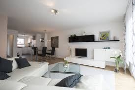 Wohnzimmer Mit Offener K He Modern Häuser Zum Verkauf Enzkreis Mapio Net