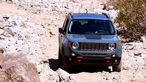 jeep renegade trailhawk blue 2017 jeep renegade review and road test youtube