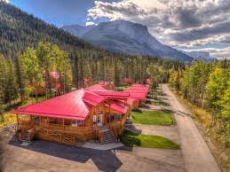 jasper hotels book jasper hotels in jasper national park overlander mountain lodge