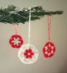 10 free crochet ornament patterns