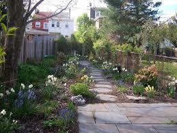 Great Small Backyard Ideas by Backyard Ideas Backyard Fence Ideas