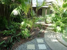 Tropical Landscaping Ideas by Amazing Tropical Landscaping Ideas For Front Yard Photo Ideas