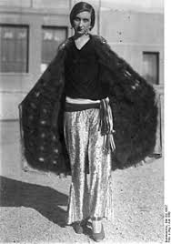 women u0027s oversized fashion in the united states since the 1920s