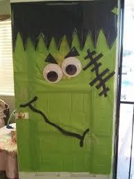 Frankenstein Door Decoration 25 Parasta Ideaa Pinterestissä Halloween Door Decorations Itse