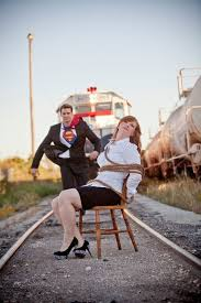 Engagement Photos 40 Best Engagement Photo Ideas Gurmanizer