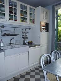 cuisine blanche et bleue cuisine blanche et bleue idées de design suezl com
