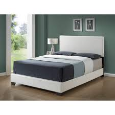 Minimalist Bed Frame Bedroom White Queen Platform Bed With Minimalist Bed Sheet