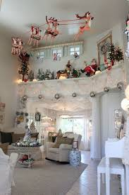 Classy Christmas Home Decor by Best 25 Christmas Ceiling Decorations Ideas On Pinterest