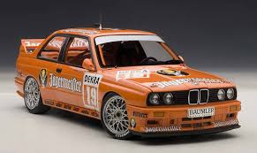 bmw e30 model amiami character hobby shop diecast model car 1 18 bmw m3