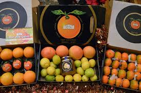 fruit gift boxes buy fruit gift boxes sale of fruit gift boxes from valencia