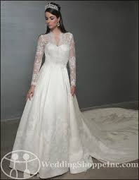 kate middleton wedding dress 58 best wedding dresses royally kate middleton grace etc