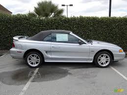 1998 convertible mustang 1998 silver metallic ford mustang gt convertible 7272941 photo 2