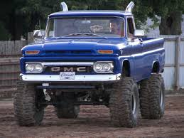 Chevy And Ford Truck Mudding - 193 best trucks images on pinterest lifted trucks pickup