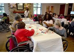 Nursing Homes In Atlanta Ga Area Photos Wedding Party Volunteers At Nursing Home 11alive Com