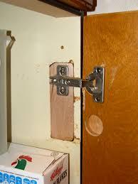 Replace Doors On Kitchen Cabinets Fix Broken Kitchen Cabinet Hinges Replacing Door How Hinge