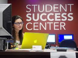 Student Help Desk by Arc Becomes Student Success Center The Maroon