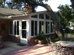 Simple Sunroom Designs Extraordinary Houses With Sunrooms 65 For Simple Design Decor With