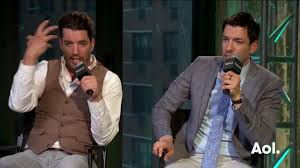 Drew And Jonathan Property Brothers Drew And Jonathan Scott Dish On The Keys To