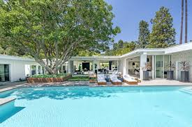 Cindy Crawford Gazebo by Cindy Crawford And Rande Gerber Drop 11 6m On A Flipped Modern In