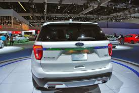 Ford Explorer Xlt 2015 - 2016 ford explorer platinum might as well call it the eddie bauer