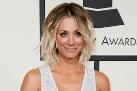 why kaley cucoo cut her hair how to get kaley cuoco s tousled grammy awards hairstyle in 5 easy