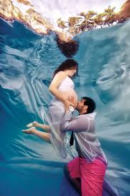 Best Pregnancy Photographer Los Angeles Stunning Underwater Maternity Photos Photos Abc News