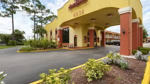 Comfort Inn Kissimmee Kissimmee Florida Hotel Discounts Hotelcoupons Com