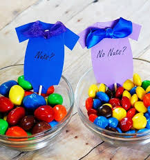 Ideas For Baby Shower Centerpieces For Tables by Best 25 Gender Reveal Decorations Ideas On Pinterest Baby