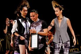 indonesia fashion design competition 2016 pemenang indonesia young fashion designer competition iydc finale