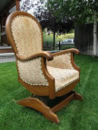 i love this rocking chair my mom has an old victorian rocking