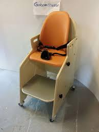 siege toilette pour handicapé le siège de wc hugo d elyas 7 ans 1 2 gabamousse mobilier