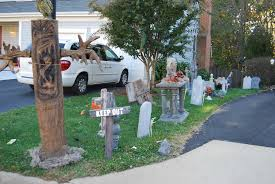 Spotlight Halloween Decorations by Awesome Halloween Decorations Infinite Hollywood