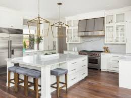 how much does it cost to paint kitchen cabinets professionally the cost to paint kitchen cabinets in marblehead using an