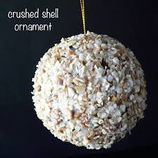 make crushed shell ornament