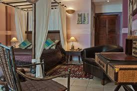 chambre coloniale chambre coloniale réserver hôtel colombes argenteuil cergy