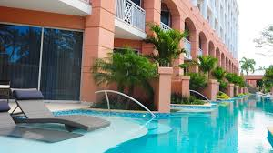 home plans with a courtyard and swimming pool in the center sandals royal bahamian spa resort sandals bahamas