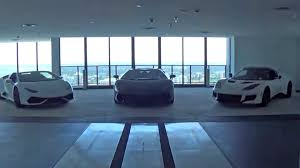 porsche tower miami vidéo des supercars à l u0027interieur de la porsche design tower à miami
