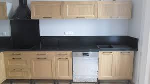 cuisine marbre noir pierres et decor plan de travail en granit marbre et