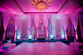 wedding lights 15 ways to light up your wedding bridalguide