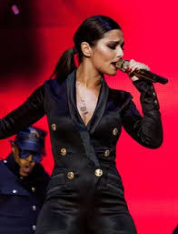 Cheryl Cole Back Cheryl Cole Says She S Enjoying To Be Back On Aloud Cheryl