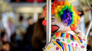 halloween costumes on nyc u0027s subway are the best these 28 photos