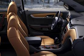 Traverse Interior Dimensions 2015 Gmc Acadia Vs 2015 Chevrolet Traverse What U0027s The Difference